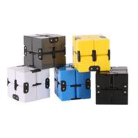 mejores juguetes para aliviar el estrés al por mayor-Infinity Cube Mini Fidget Juguete Dedo EDC Ansiedad Alivio del Estrés Magic Cube Blocks Adultos Niños Niños Juguetes Divertidos Mejor Regalo al por mayor