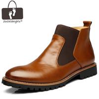 botas estilo puntera estilo británico al por mayor-Zuoxiangru NUEVO British Style Botas de moto para hombres Otoño PU Leather Tobillero Botas de punta estrecha Tobillo