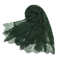 простые женские шарфы оптовых-Новый большой размер 180 см * 90 см Хлопчатобумажный женский женский шарж из хиджаба с кружевной боковой головкой Wrap Shawl Plain Head Scarfs Shawls