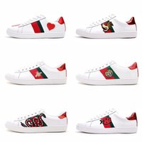 Wholesale mens shoes online - Mens designer luxury shoes Casual Shoes white mens women sneakers advanced material Bee flower snake heart love Genuine Leather with box