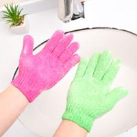ingrosso spa scrubs-Guanti di lavaggio esfolianti per la pelle Corpo Guanti per il bagno Scrub Massage Spa Bath Finger Gloves C4861