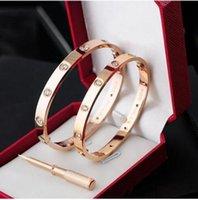 charme armband armbänder zum verkauf großhandel-2018 New Rose Gold 316L Edelstahl Schraube Armreif mit Schraubendreher und original Box Schrauben nie verblassen Weihnachtsverkauf