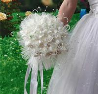 Wholesale bridal bouquets rhinestones - 2018 Newest Wedding Bridal Bouquets with Handmade Flowers Peals Crystal Rhinestone Rose Wedding Supplies Bride Holding Brooch Bouquet