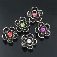 metal snap çiçek düğmeleri toptan satış-Yapış Takı Mini Yapış Düğmeler Metal Çiçek Rhinestone Stilleri Snaps Fit 12 MM DIY Yapış Bilezik Bilezik ZL010