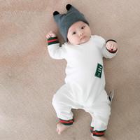 bebek yenidoğan tek parça toptan satış-Joker bebek kız erkek giysileri sevimli Karikatür bebek romper yüksek kaliteli pamuk tek parça Tulum yenidoğan bebek kız giysileri 3-24 ay