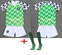 shorts de futebol juvenil venda por atacado-2018 19 Copa do Mundo Nigéria crianças shorts meias camisa de futebol IHEANACHO nigeriano IWOBI OBI Crianças kits de futebol meninos da juventude