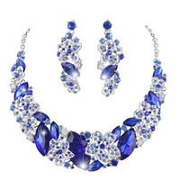 ingrosso collana di cerimonia nuziale del rhinestone blu reale-Gli orecchini della collana di dichiarazione di colore blu reale hanno messo insieme i monili nuziali di nozze per gli accessori dei monili del rhinestone del partito delle donne