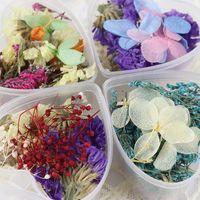 diy herzförmige kiste großhandel-1 Box Mixed Getrocknete Blumen Nail Art DIY Glas Flasche Dekor Konservierte Blume Mit Herzförmigen Box DIY Nail art Dekorationen