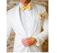 one button white blazer men toptan satış-Yeni Moda Bir Düğme Beyaz Paisley Damat Smokin Groomsmen Şal Yaka Best Man Blazer Erkek Düğün Takımları (Ceket + Pantolon + Kravat) H: 872