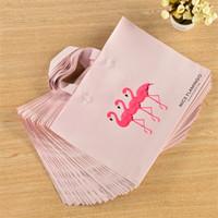 rosa plastikfolie großhandel-Kinder Frauen Tuch Couture Geschenkpapier Fadenkreuz Rosa Flamingo Niedliche Ornamente Kunststoff Shopping Home Kosmetik Aufbewahrungstasche 20gy3 bb