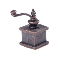 Wholesale- 1/12 Dollhouse Miniature Kitchen Vintage Coffee Grinder per regalo di bambola
