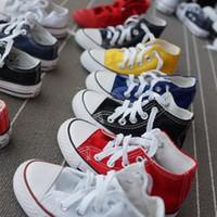 kinderschuhfabrik großhandel-2018 Fabrik Aktionspreis! Neue Marke Kinder Leinwand Schuhe Mode hoch - niedrig Schuhe Jungen und Mädchen Sport Leinwand Schuhe und Sport Kinder