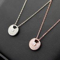 amerikanische halsketten großhandel-Europäischen und amerikanischen Stil buchstabiert voller Diamant Halskette Glücksbringer mit Diamant Damen Halskette fliegende Untertasse Halskette
