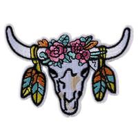 aufkleber stiere großhandel-Gestickte Bull Kuh Patches Ox Ordentlich Bossy Nähen Eisen Auf Abzeichen Für Tasche Jeans Hut Appliques DIY Aufkleber Dekoration Bekleidung Zubehör