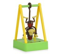 детские игрушки обезьяны оптовых-Автомобиль орнамент ABS качели обезьяна солнечной энергии приборной панели автомобиля украшения украшение симпатичные Home Decor дети игрушки подарок аксессуары
