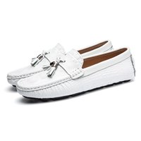 buckle driving loafer for men UK - New Arrival Men Genuine Leather Driving Shoes Handmade Casual Shoes,Brand Designer Flats Loafers For Men