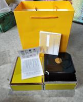 armbanduhren zum verkauf großhandel-Hohe Qualität Luxus Mans Armbanduhr Boxen Schweizer Top Marke Box Papier Für Breitling Watch Booklet Karte in Englisch Für Männer Verkauf