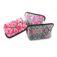 Wholesale crown pouch - New Comer Crown Pattern Zipped Triangle Clutch Wholesale Coral and Floral Accessory Organizer Pouch (Random Color Send) Free DHL H355Q