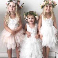 images robes formelles pour les filles achat en gros de-2018 Pas Cher Belle Courte Fleur Filles Robes Dentelle Volants Tulle Tutu Robe Puffy Petites Filles Formelle De Mariage Robes De Mariée MC1482