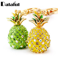 Wholesale New Fashion Tropical Fruit Pineapple Crystal Keychains Purse Bag Pendant For Car Keyrings High grade Gift key chains holder K231