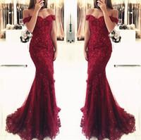 vestidos de baile vermelho glamour sexy venda por atacado-Vestidos de baile 2019 Elegante Vermelho Borgonha Sexy Querida Off-ombro Glamourosa Sereia Vestidos de Noite Plus Size Vestidos De Festa