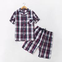 pyjamahemd männer großhandel-2018 Sommer Marke homewear Männer Casual Plaid Pyjama Sets Männer Umlegekragen Shirt halbe Hosen Männlich Soft Cotton Nachtwäsche Anzug