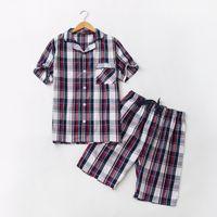 мужские рубашки оптовых-2018 Summer  homewear Men Casual Plaid Pajama sets Men Turn-down Collar shirt & half pants Male Soft Cotton sleepwear suit