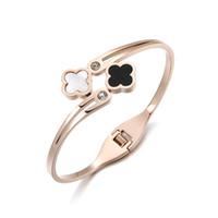 bracelet en feuille achat en gros de-Haute Qualité En Acier Inoxydable Ouvert Bracelets Bracelets Quatre Feuilles Or Rose Bracelet De Manchette avec Shell Femmes Bijoux