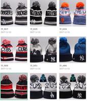 ingrosso cappelli da baseball-All'ingrosso inverno Beanie Knitted America sport tutti squadra baseball calcio beanie basket donne uomini moda popolare gorro cappello invernale Bonnet