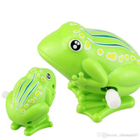 ingrosso vento su giocattolo rana-Baby Kids Toys Wind Up Clockwork Toy Mini Pull Back Jumping Frog Giocattoli per bambini Ragazzi Green Wind Up Jumping Toy