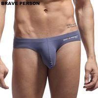 homens branco quente breve venda por atacado-Homens quentes Sexy Underwears Briefs U convexo Big Penis Pouch Design Wonderjock Algodão Briefs Bikini para o Sexo Masculino Branco Azul Preto
