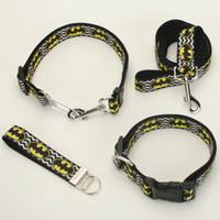 batman köpeği toptan satış-YENI Dört set köpek malzemeleri, 1 '' 25mm batman desen baskılı, batman Köpek Yaka batman Köpek Tasma naylon kemer, batman ANAHTAR fob