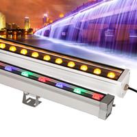 außenwand unterlegscheiben beleuchtung großhandel-Im Freienwand-Lampen führten Flutlichter 12W 18W LED-Wandwascherlampe, die helles Stablicht im Freien beschmutzt AC85-265V RGB für viele Farben beflecken