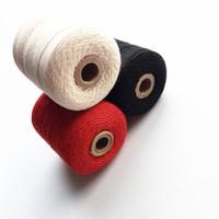 hilo de la colcha al por mayor-Hilo de coser de algodón espec. 21 cuentas 3 hebras Costuras para el hogar Costuras a mano accesorios de trabajo con aguja útiles 400 yardas / pc DL_THD003