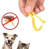 garrapatas gatos al por mayor-2 Unids / set Plástico Gancho Portátil Tick Twister Remover Hook Horse Human Cat Dog Pet Supplies Herramienta Removedor de Garrapatas Animal Pulga Hook