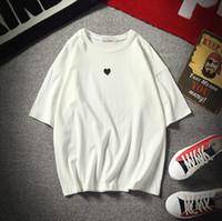 ingrosso coppia top carina-T-shirt per coppie Cute Little Heart Print Bianco Nero Tops Uomo Donna San Valentino Abbigliamento Tee