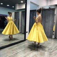 2018 Sexy V-collo profondo a-line Abiti Homecoming Bella illusione senza maniche Abiti occasioni speciali Backless Prom Dress