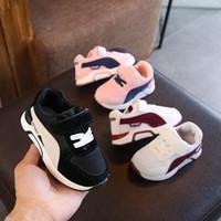 sapatas de borracha dos meninos do bebê venda por atacado-Esportes clássico bebê sapatos casuais tênis de borracha moda bebê casual sneakers moda unissex Meninas encantadoras meninos apartamentos calçados