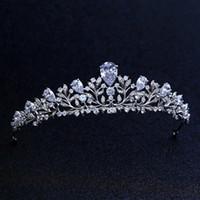 coronas de baile de calidad al por mayor-De calidad superior nupcial dama de honor de la boda Cubic Zirconia niñas blanco plateado zircon tiara corona / diadema para Prom S918
