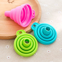 Wholesale cooking tools online - Silicone Collapsible Funnel Transferring Liquid Subpackage Foldable Practical Hopper Kitchen Gadget Hopper Cooking Tool Candy Color NNA132