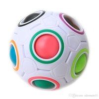 ingrosso regali arcobaleno per i bambini-1 * Divertimento creativo sferico cubo magico velocità arcobaleno puzzle palla calcio per bambini giocattoli educativi di apprendimento per i bambini regali per adulti