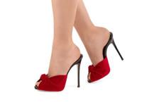 tacones de terciopelo negro al por mayor-Hot Women Summer Slipper Tacón alto anudadas mulas Shallow Sexy Ladies Black Red Velvet Summer Shoes Sandalias Peep Toe Zapatos de fiesta