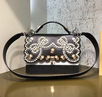 diseñador de la mariposa al por mayor-La mejor calidad original Cuero auténtico 100% de lujo puede bolso de hombro famoso Diseñador de la marca El remache Bolsas mariposa