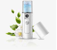 vapor de niebla de la cara al por mayor-Mini USB Recargable Facial Steamer Nano Facial Mist Sprayer Cool Face Spray Steamer Viajes Hidratante Face Sprayer KKA5560