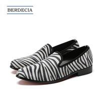ingrosso scarpe piatte a strisce di zebra-2018 British Style Zebra Stripe Uomo Mocassini Moda casual Uomo Flats Shoes Slip on Party Shoes Plus Size 38-47