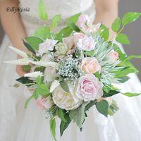 blumenstrauß boutonniere großhandel-Landhausstil Hochzeitsstrauß de mariage Romantisches grünes Blatt Rosa Rosen Pfingstrose Vintage Aritificial Blumen bruiloft boutonniere Corsage