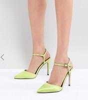 зеленые туфли на высоком каблуке оптовых-2018 Новый шелковый атлас высокие каблуки тонкий каблук пряжки ремень насосы партия обувь светло-зеленый насосы платье обувь свадебные туфли