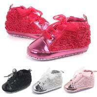 şirin dantel çizmeleri toptan satış-Moda sevimli bebek çocuk kız toddler kaymaz yumuşak taban beşik sneaker ayakkabı prewalker çizmeler bebek kız gül dantel ayakkabı