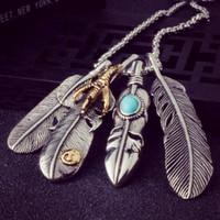 adlerketten großhandel-Punk Blatt Feder Anhänger Kette Halskette für Frauen / Mann Persönlichkeit Eagle Claw Design Vintage Halskette Schmuck 6L5001