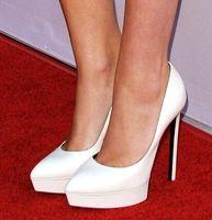 plataforma de zapatos de tacón italiano al por mayor-2018 Italian Fashion Shoes Mujer Plataforma doble High Heels Runway Shoes Cuero real Negro / Rojo Clásico Vestido negro Zapatos Lady